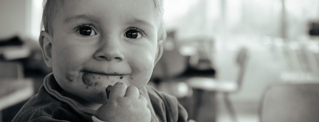 kindliche-Fütterstörung_1062x400_